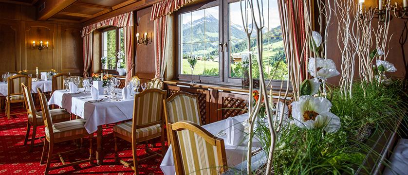 Hotel Alpbacherhof, Alpebach, Austria - dinning room.jpg